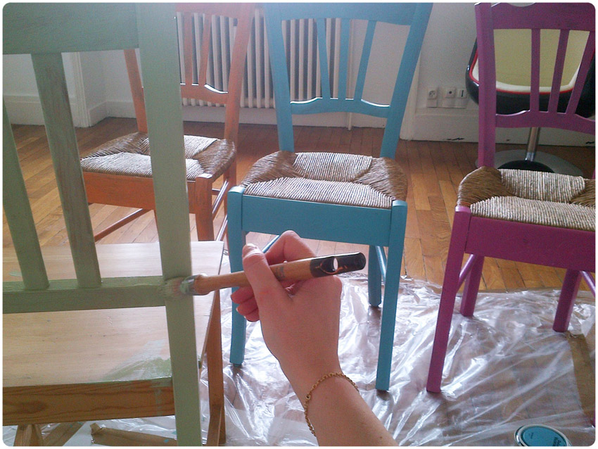 Diy chaise de grand m re trendy blog diy artlex - Peindre des chaises en plastique ...
