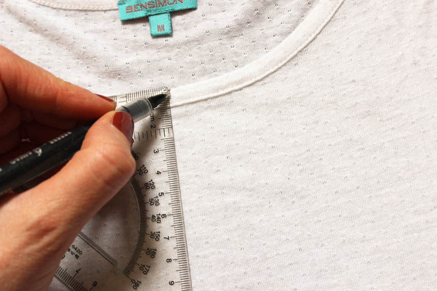 DIY customise un tee shirt blanc