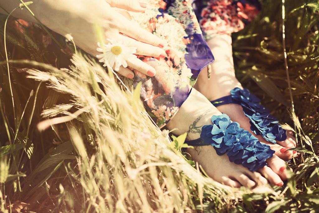 sandales fleurs bleue