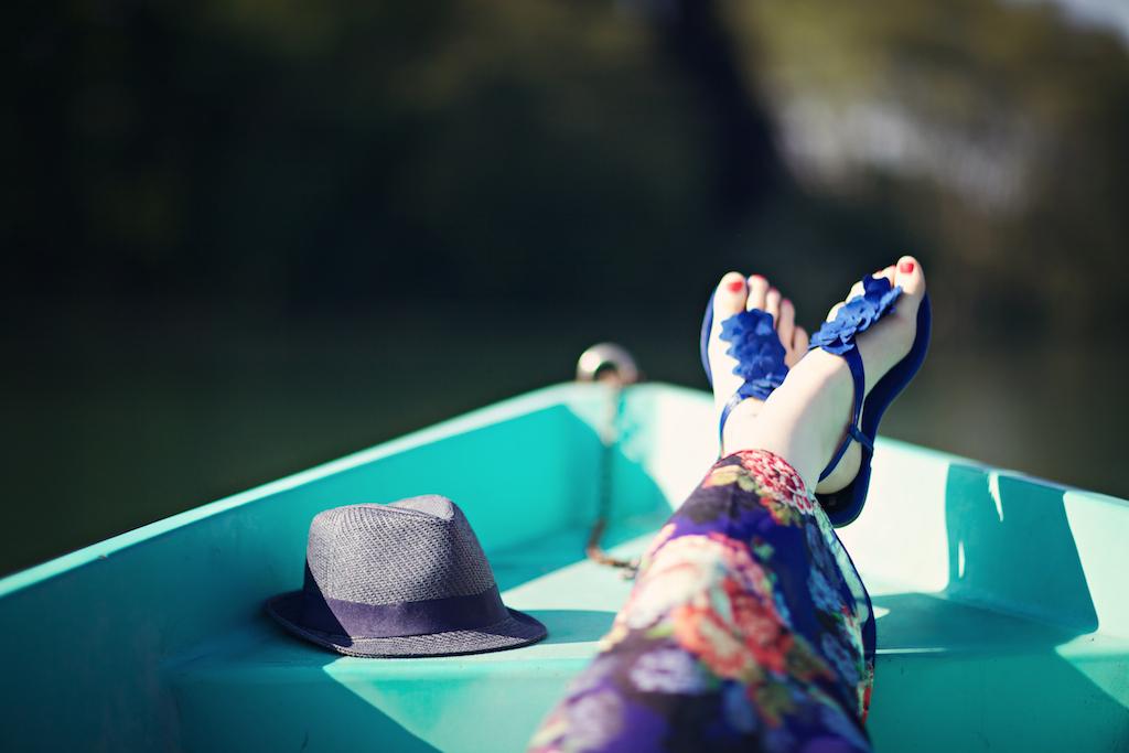 sandales pétales fleurs