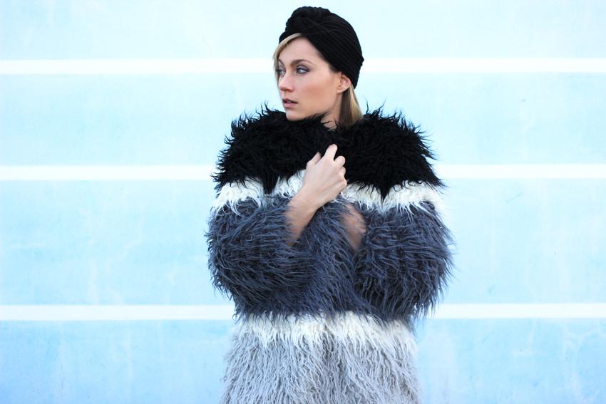 manteau rayures fausse fourrure