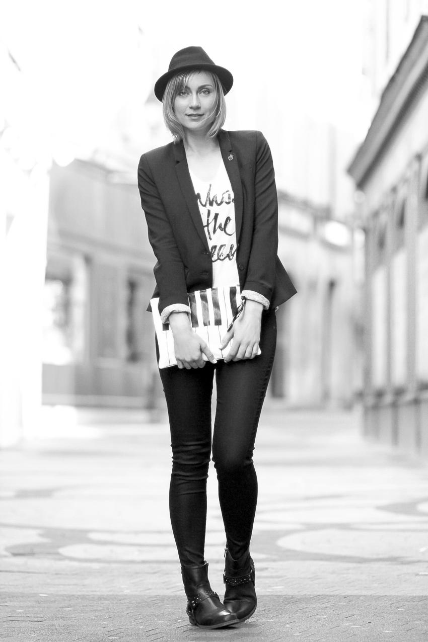 Street look IKKS noir et blanc