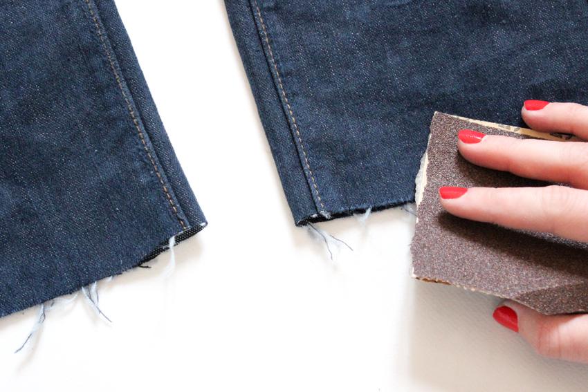couper le bas d'un jean