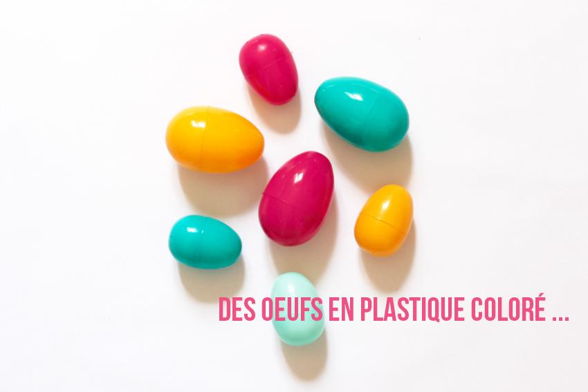 oeufs en plastique coloré