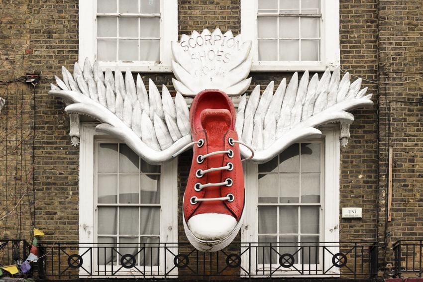 Big converse Camden town