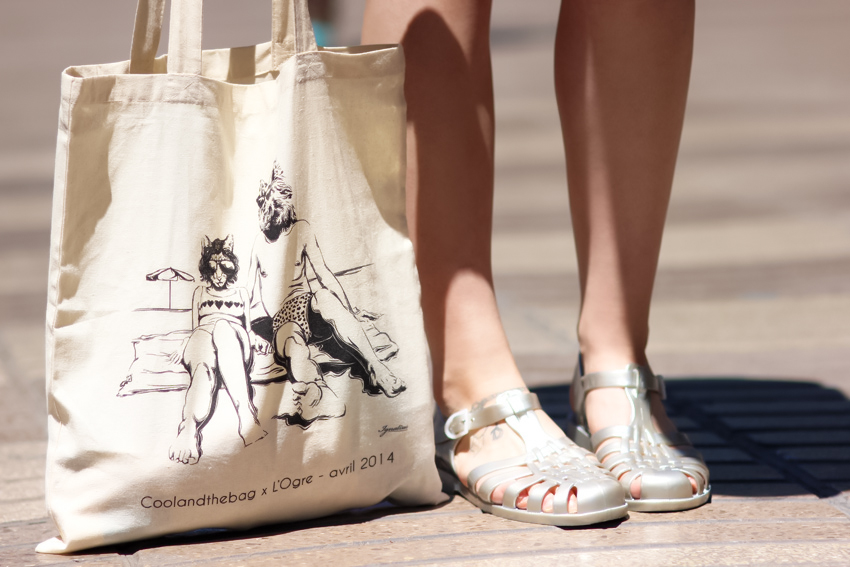 Sandales en plastique méduse - tote bag cool and the bag 2