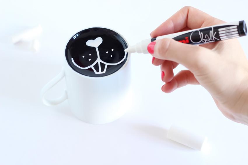 DIY mug painting