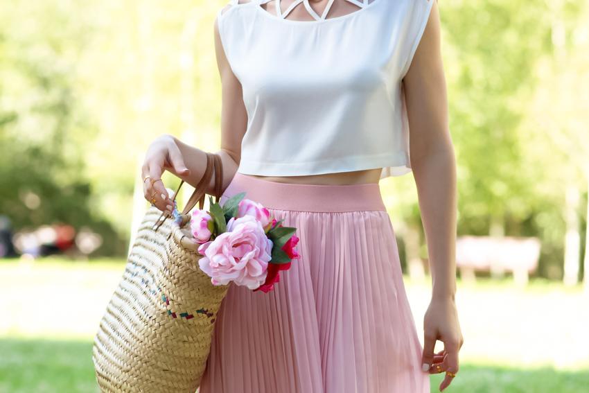 top crop blanc jupe plissée longue