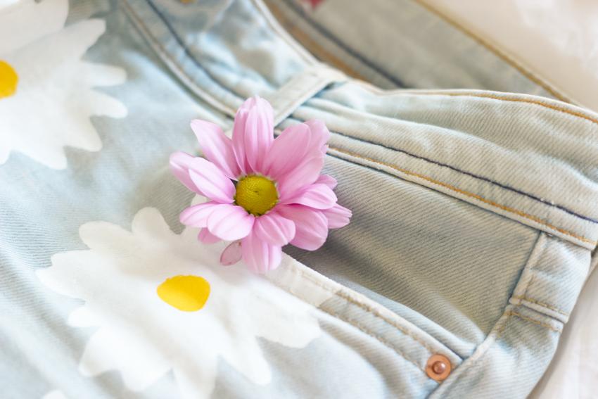short imprimé fleurs