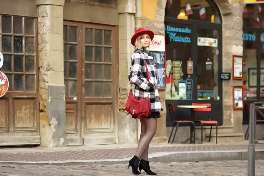 street style manteau à careeaux noir blanc