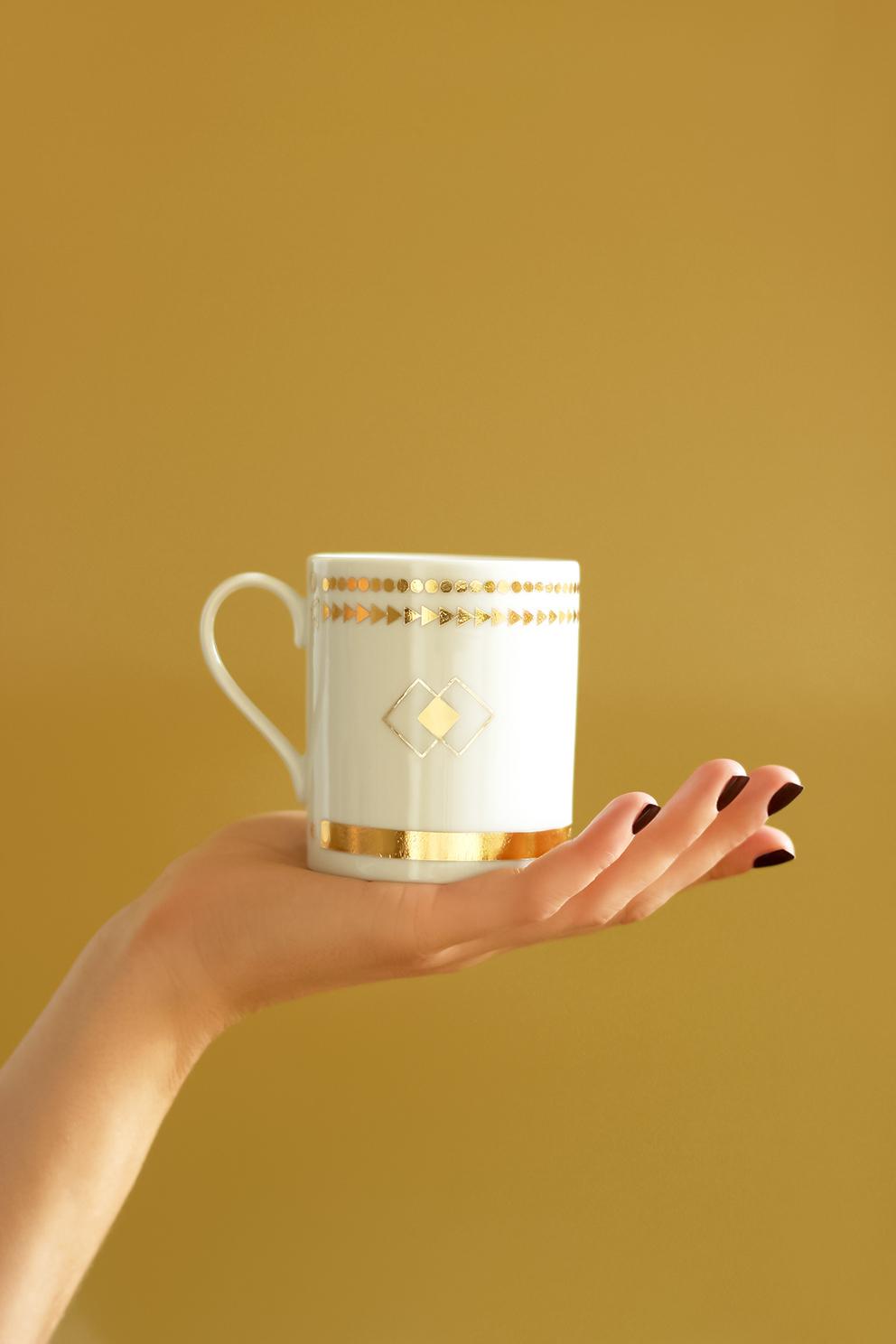 DIY tasse en porcelaine dorée