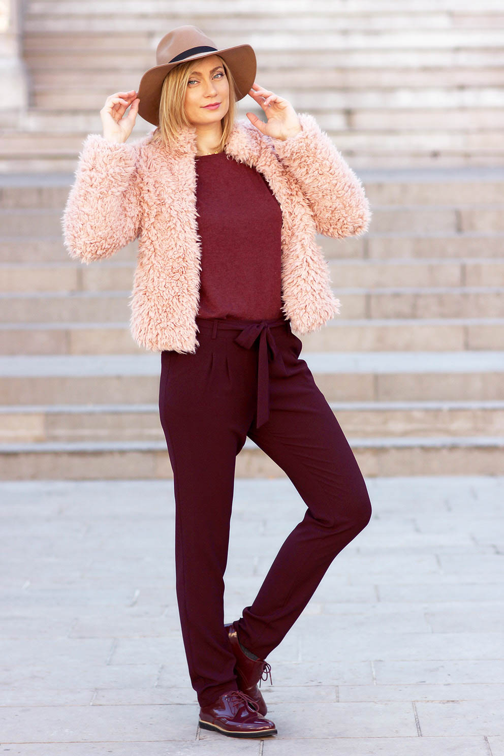 look fourrure rose blogueuse lyonnaise Artlex