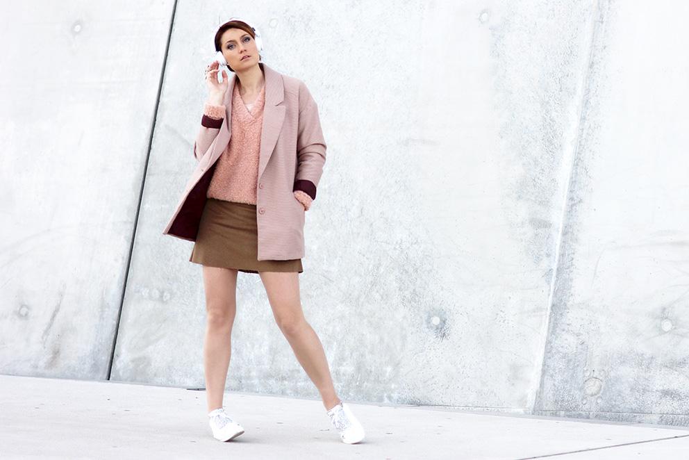 Le look couleurs poudres de la blogueuse mode Lyon Artlex