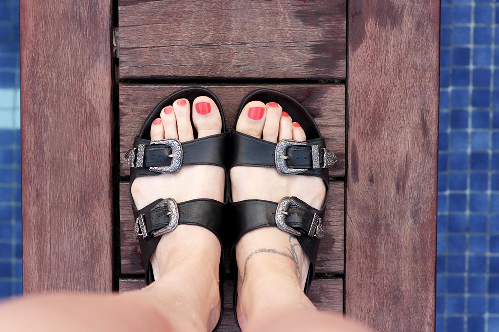 sandales à boucles western