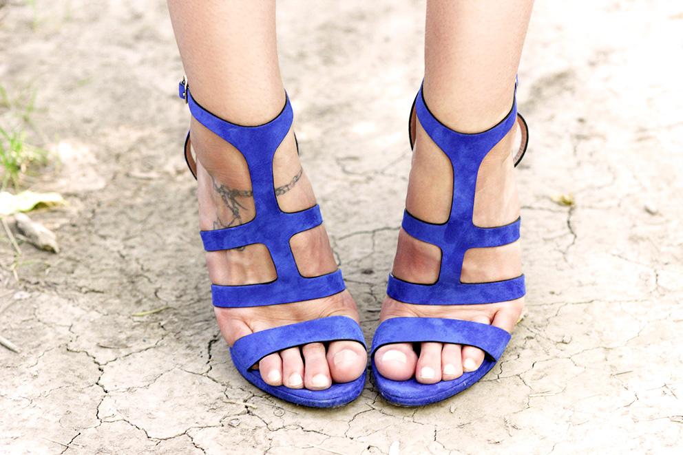 sandales bleues cobalt