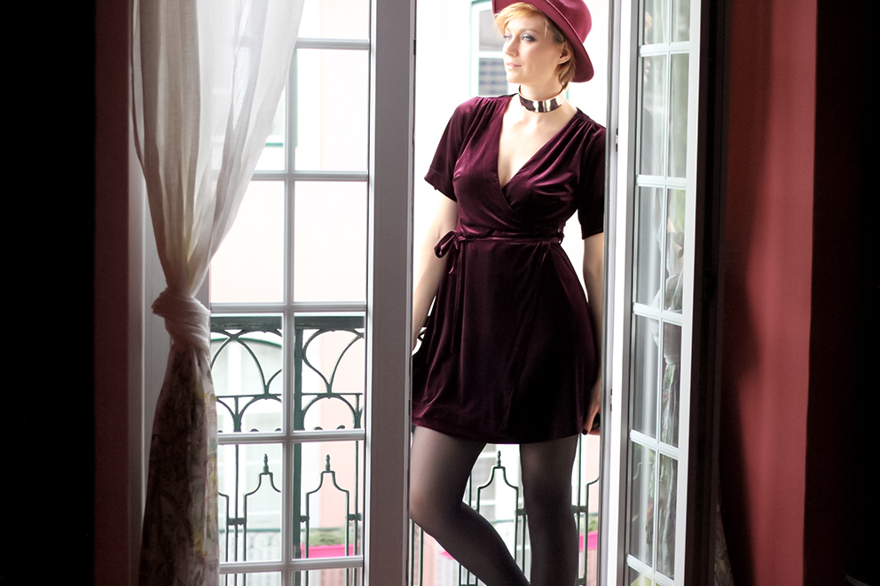 tenue-robe-en-velours-blog-mode-artlex