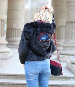 look-veste-fourrure-noire-icode