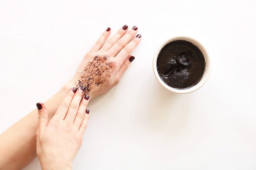 exfoliant-corps-cafe-maison