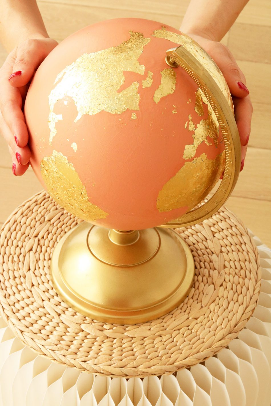 gold-earth-globe-DIY