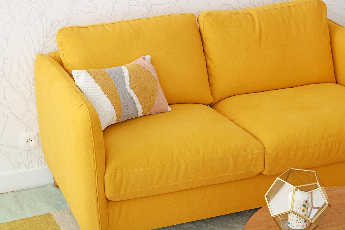 canapé-jaune