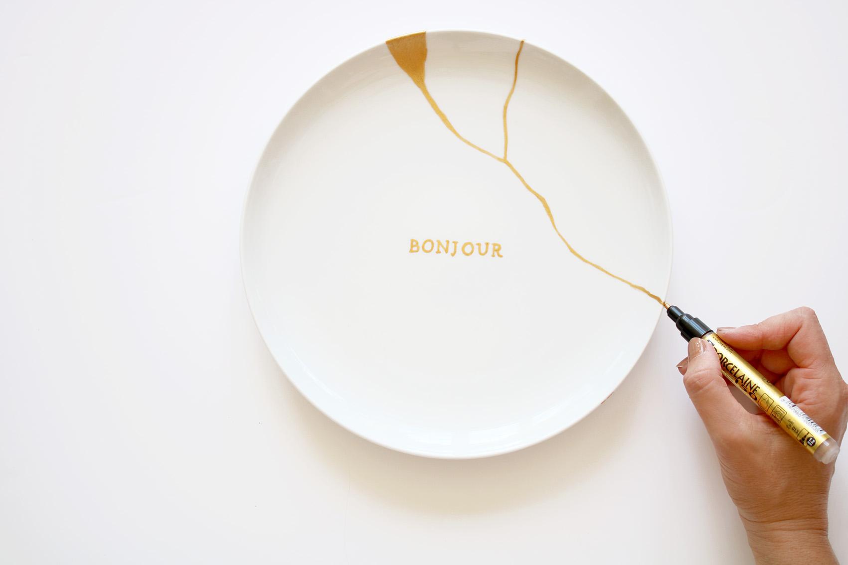 diy-assiette-arty-feutre-porcelaine-dore